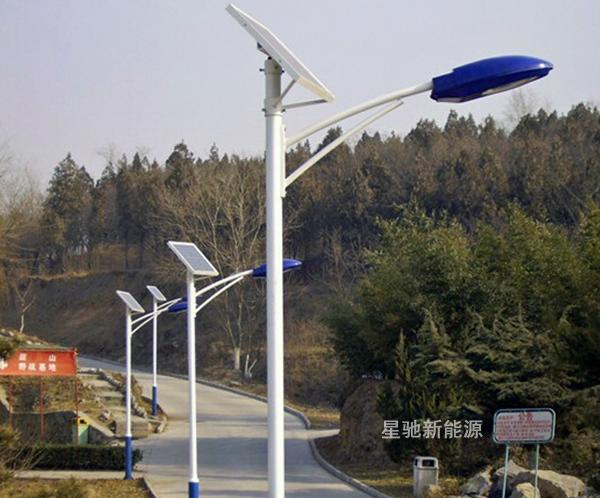 价格太阳能路灯一套多少钱