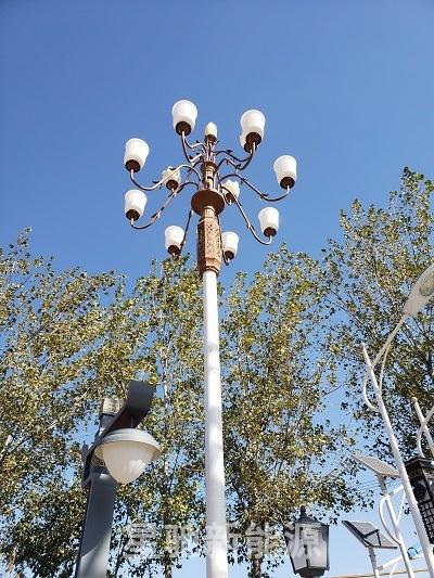 七米杆太阳能路灯价格多少钱一个
