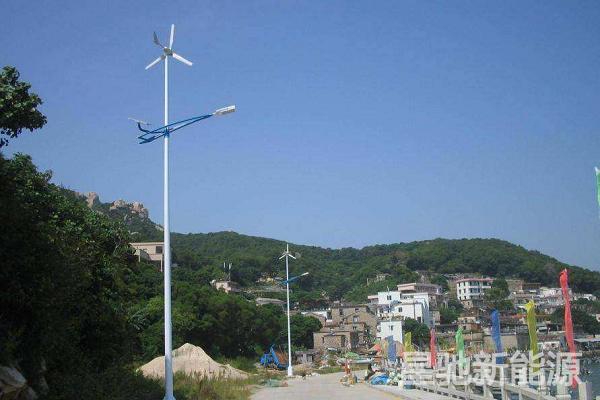 6米太阳能路灯参数配置表/价格多少钱